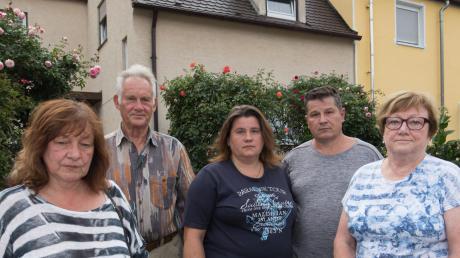 Anwohner in Kriegshaber fürchten um ihre Häuser. Nun gab es ein Gespräch mit dem Bauminister.