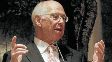 Der frühere evangelische Regionalbischof Ernst Öffner erinnerte in St. Anna an die Gemeinsame Erklräung vor 20 Jahren.