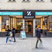 Copy%20of%20Das_Designkaufhaus_Zwischenzeit_in_der_Annastra%c3%9fe_16_(Michael_Richter)(1).tif