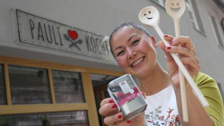 """Anja Licht hat das Unternehmen """"Paulikocht"""" gegründet. Am Mauerberg hat sie vor Kurzem einen kleinen Laden eröffnet. Um ihr Geschäftsmodell auf den Weg zu bringen, hatte sie eine Crowdfunding-Kampagne gestartet."""
