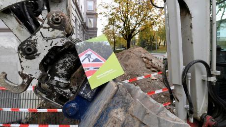 Ein städtischer Leitfaden für Baumschutz informiert Bauherren, was sie tun und lassen müssen. Nun soll auch die geltende Baumschutzverordnung verschärft werden, um Verstöße besser ahnden zu können.