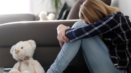 Kinder, die Opfer von Cybermobbing werden, trauen sich häufig nicht, darüber zu sprechen. Viele haben Angst, nicht ernst genommen zu werden.