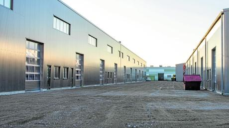 """""""Die Höfe"""" im Schein der winterlichen Abendsonne: Das Gelände, das von der Firma Solidas für Handwerker gedacht ist, entwickelt sich zu einem attraktiven Standort."""