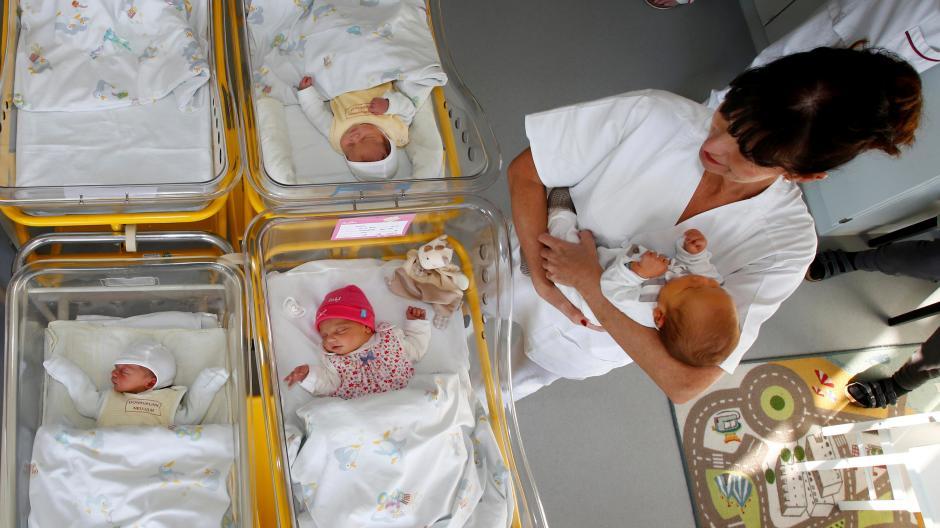 Bei der Suche nach der richtigen Geburtsklinik müssen Eltern sich häufig die Informationen selbst zusammensuchen.
