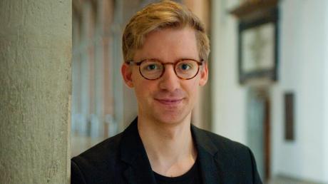 Mit 27 Jahren wird Stefan Steinemann 2020 neuer Domkapellmeister. Mit den Domsingknaben führt er bereits das Weihnachtsoratorium auf.