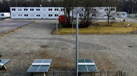 So zeigt sich der Blick auf die Flüchtlingsunterkunft an der Berliner Allee. Im Container leben derzeit 101 Personen.