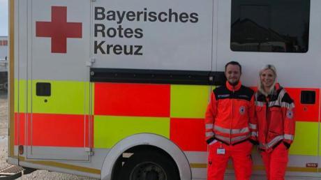 Kita-Leiterin Lea Erhard erlebte einen Tag beim BRK-Rettungsdienst. Notfallsanitäter Felix Schöpf besuchte die Zirbelzwerge.