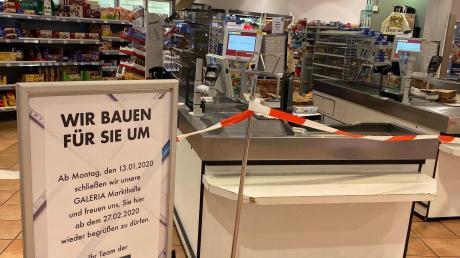 Ein Absperrband verhindert seit Montag den Zutritt zur Lebensmittelabteilung bei Karstadt.