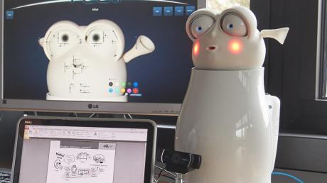 Nicht jeder Mensch hat den gleichen Humor. Dieser Roboter an der Uni Augsburg lernt, über welche Scherze sein jeweiliges Gegenüber am meisten lacht und sucht die passenden Witze heraus.