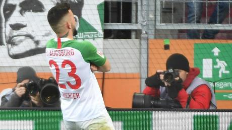 Mit seinem spektakulären Tor zum zwischenzeitlichen 2:0 für den FC Augsburg rückte Marco Richter in den Blickpunkt, ehe das Debüt von Erling Haaland alles andere in den Hintergrund drängte.