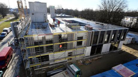 Stock für Stock wird der Rohbau des Westhouse-Komplexes fertig. Das Bauwerk wird über vier Etagen verfügen. Das Hotel erstreckt sich über zwei Stockwerke.