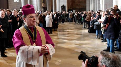 Augsburg hat einen neuen Bischof: Bertram Meier ist zum Nachfolger von Konrad Zdarsa ernannt worden. In Kirchenkreisen ruft das große Freude hervor.