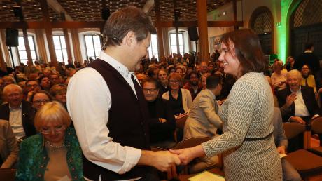 Grünen-Chef Robert Habeck unterstützte mit seiner Rede im Goldenen Saal Martina Wild, die Herausforderin der Grünen im Kampf um den Sessel des Augsburger Oberbürgermeisters.