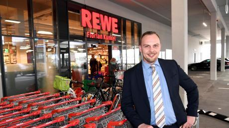 Florian Kunkel leitet den neuen Rewe im Innovationspark.