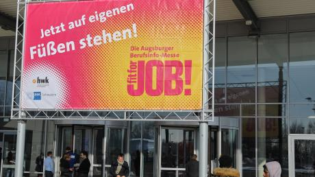 "Die Augsburger Berufsinformationsmesse ""Fit for Job"" muss wegen des Coronavirus verschoben werden."