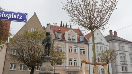 In der Innenstadt ist es besonders schwer, Baumstandorte zu finden, weil dort wenig Platz ist. Am Jakobsplatz wurde 2019 ein Plätzchen gefunden.