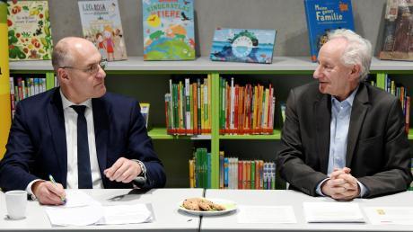 Wer rettet die HSA? OB Kurt Gribl und Bildungsreferent Hermann Köhler (beide CSU) sind jetzt mit dem Schulwerk der Diözese im Gespräch.