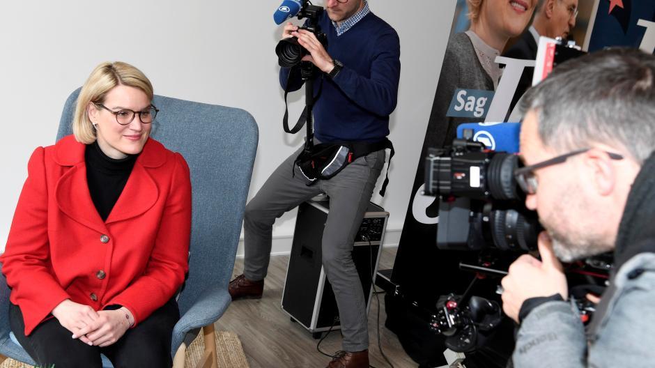 Die designierte Oberbürgermeisterin Eva Weber am Montag beim Pressetermin in ihrem Wahlkampfbüro am Moritzplatz.