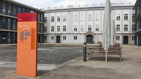 An der Hochschule Augsburg startet ab Montag wieder ein eingeschränkter Präsenzbetrieb für Kurse, die nicht online gelehrt werden können.