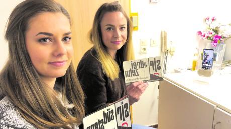 Mit einfachen Mitteln produzieren Anna Eckart und Eveline Bamstedt im Jugendtreff 13 die Instagram-Live-Videos.