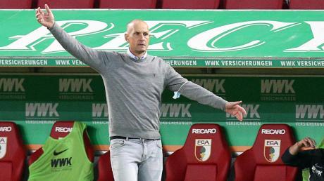 Heiko Herrlich und der FC Augsburg stehen vor der Partie gegen den FSV Mainz 05 unter Zugzwang.