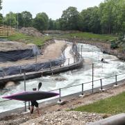 Groß angelegte Umbauten finden derzeit am Eiskanal in Augsburg statt. Im Jahr 2022 soll dort die Kanuslalom-WM stattfinden.