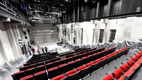 Am Gaswerk Oberhausen ist eine Übergangsspielstätte fürs Theater entstanden. SPD und Linke fordern, diese als feste Spielstätte zu etablieren.