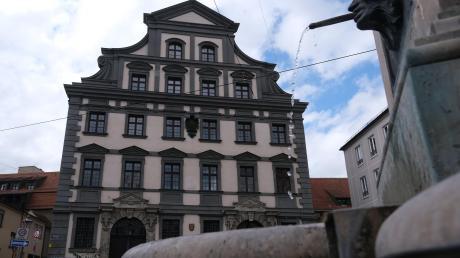 Die Stadtmetzg, einst von Elias Holl erbaut, ist heute Sitz des Amts für Soziale Leistungen. Der neue Sozialreferent Martin Schenkelberg hat dort zwar nicht seinen Dienstsitz, das Amt fällt aber in seinen Aufgabenbereich.