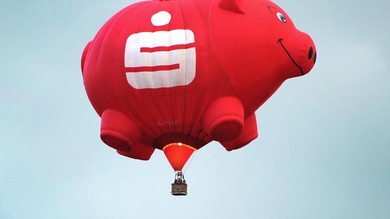Deutsche sparen in der Corona-Krise doppelt so viel wie 2019