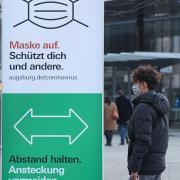 Die Corona-Zahlen in Augsburg sind erneut gesunken.