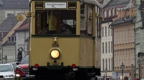 Für einige Wochen als Fahrschulwagen unterwegs: Der über 70 Jahre alte KS-Wagen.