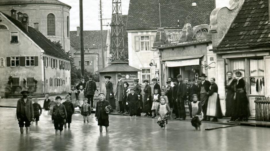 So traf das Hochwasser von 1910 den Augsburger Stadtteil Lechhausen.