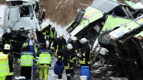 Unfall Reisebus A8 Glatteis
