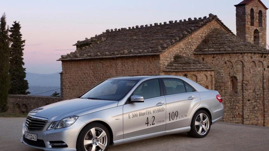 auto: mercedes e-klasse hybrid kommt als limousine und kombi - auto