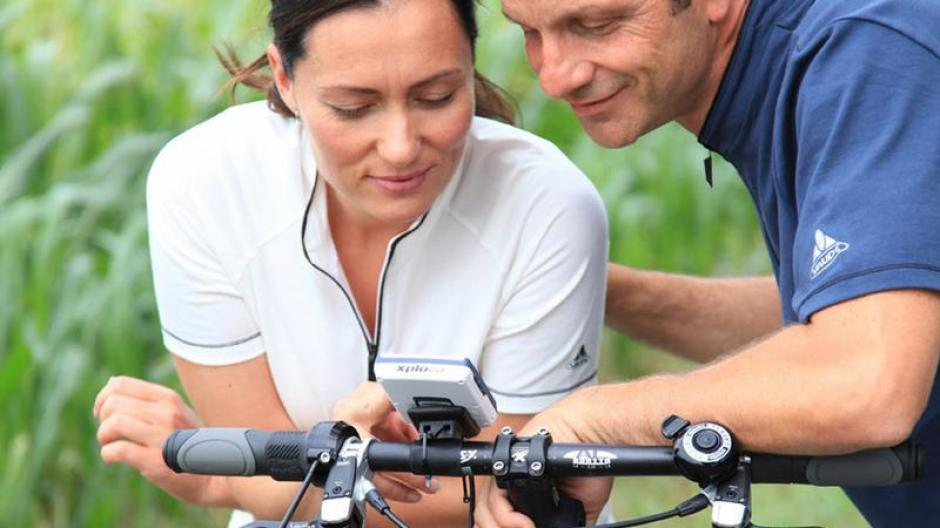 Gps Geräte Für Auto : Verkehr radeln auf gps routen fahrrad navis werden beliebter