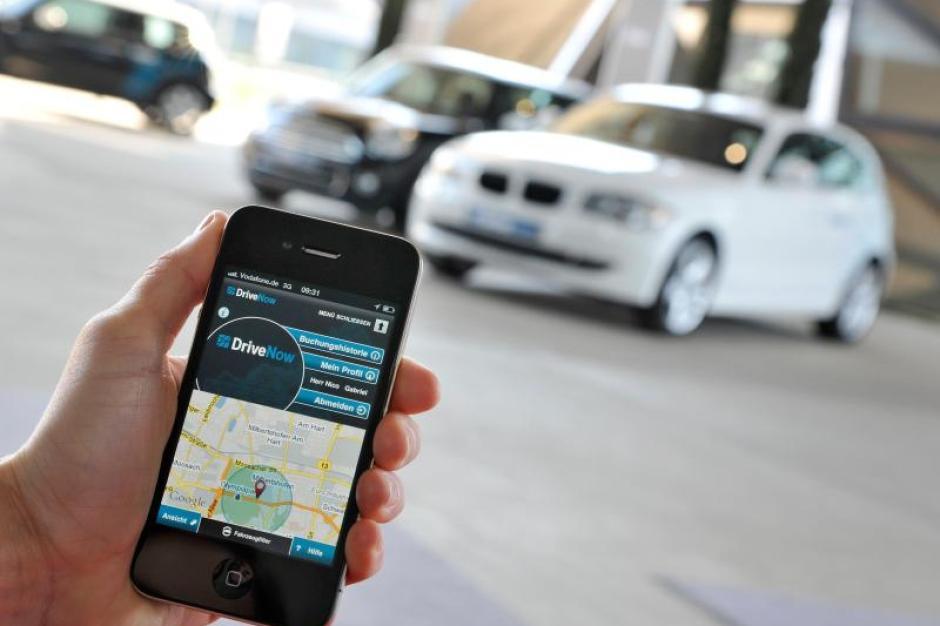 Handys Hilfe Verfugbare Autos Sind Beim Carsharing Per App