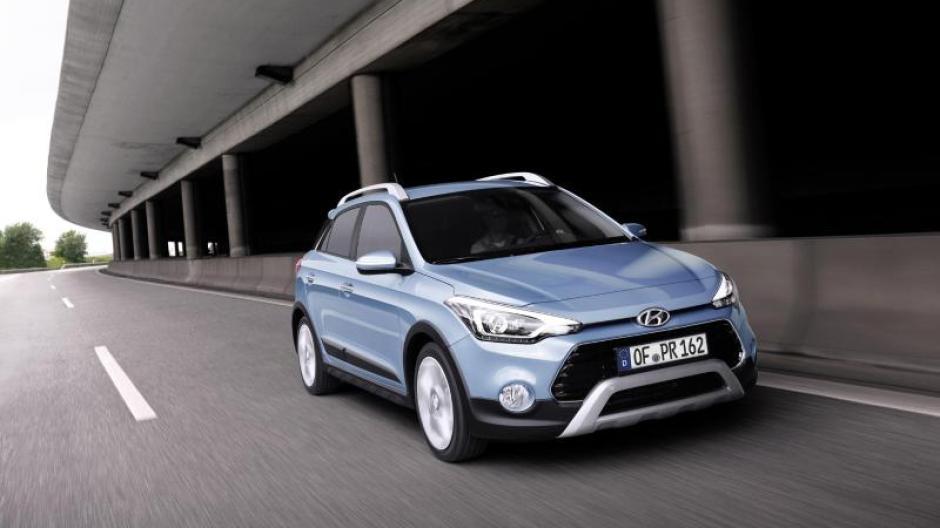 Verkehr Hyundai I20 Mit Neuen Motoren Und Neuem Gelände Look Auto
