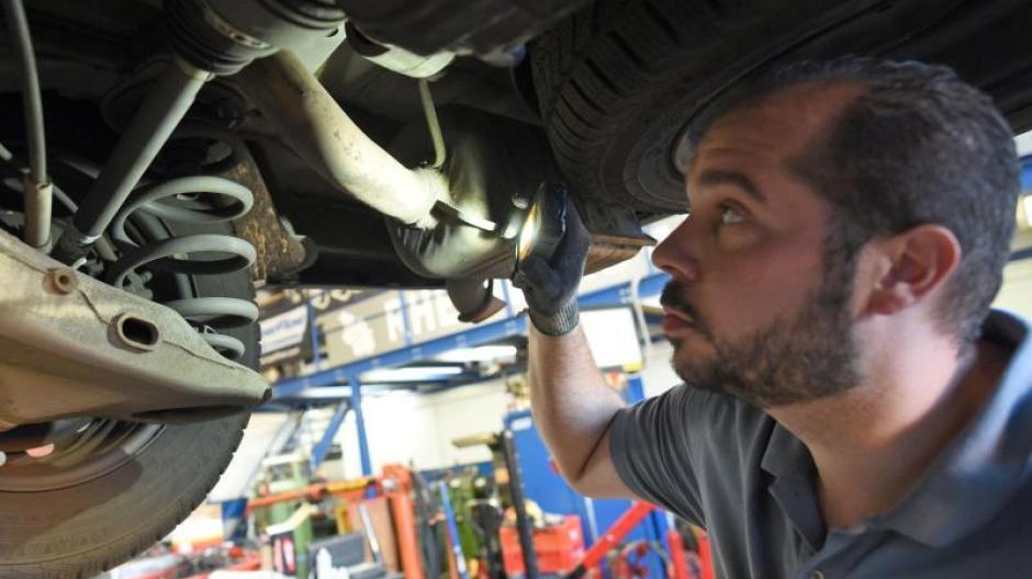 Regelmassige Wartung Inspektion Des Autos Braucht Es Immer Die