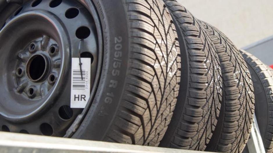 Reifenwechsel Autoreifen Bloss Nicht Zu Fruh Wechseln Geld Leben