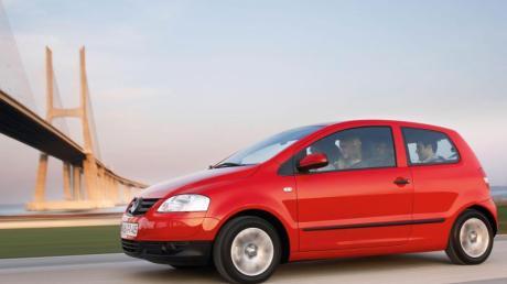 Die Tüv-Experten halten den VW Fox für nur «bedingt empfehlenswert», in der ADAC-Pannenstatistik schneidet er dagegen mit guten bis sogar sehr guten Werten ab. Foto:Volkswagen AG
