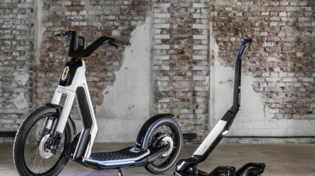 Vom Volkswagen zum Volksroller:Autohersteller wie VW wollen mit eigenen E-Rollermodellen - hier der Streetmate (l) und der Cityskater (r) - bei neuen Mobilitätstrends dabeisein. Foto: Volkswagen AG