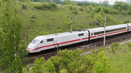 Die Bauarbeiten auf der ICE-Schnellfahrstrecke zwischen Göttingen und Hannover sind abgeschlossen.