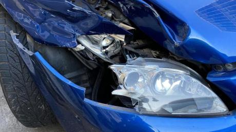Einen Blechschaden können Geschädigte mit dem Geld der gegnerischen Versicherung auch nur zum Teil oder gar nicht reparieren lassen.