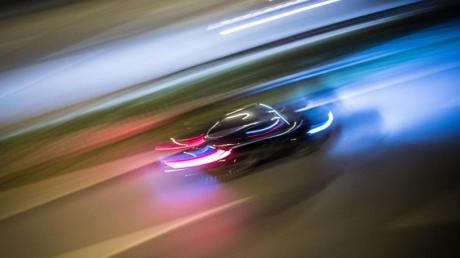 Vorbei sind die Zeiten, als ein helles Armaturenbrett und zwei Innenlampen die einzigen Lichtquellen im Auto waren.