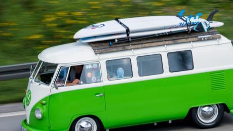 Auf dem Oldtimermarkt erfreut sich der VW-Bulli noch immer großer Beliebtheit.
