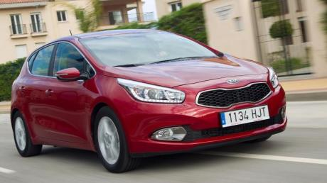 Der Ceed tritt gegen Konkurrenten wie VW Golf, Opel Astra oder Peugeot 308 an.
