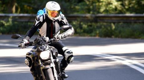 Motorräder sollen nach dem Willen des Bundesrats künftig weniger Lärm verursachen.