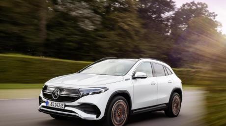 Umgerüstetes Kompakt-SUV: Mit dem EQA erweitert Mercedes seine E-Auto-Flotte. Als Basis dient der GLA.