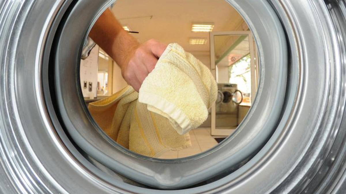 Auf braune nach flecken waschen wäsche weißer dem braune Flecken