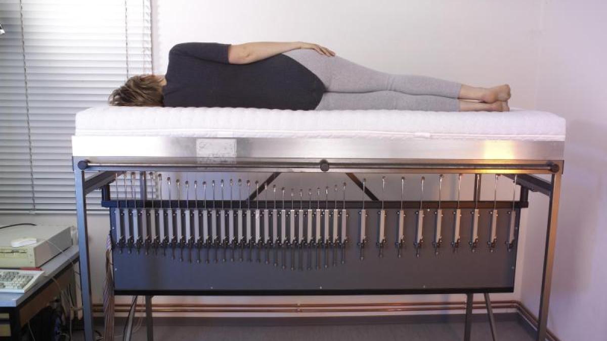 matratzen test matratzen im vergleich stiftung warentest r t zu latex wissenschaft. Black Bedroom Furniture Sets. Home Design Ideas
